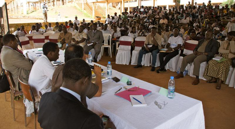 Forum des Jeunes au Lycée bilingue Ibrahim Njoya