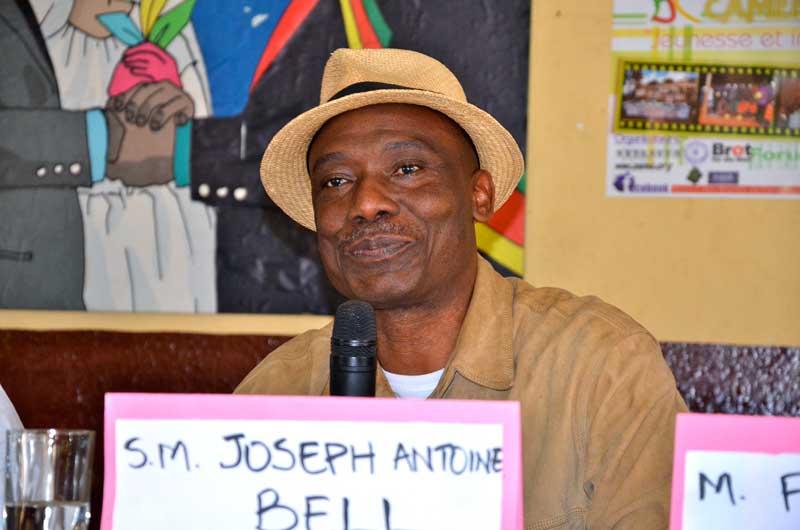 Sa majesté Joseph Antoine Bell, un exemple d'intégrité pour les jeunes