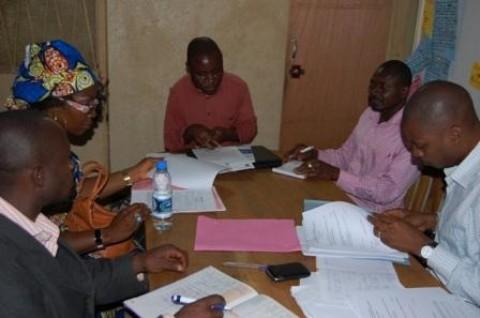 Le PASC donne des subventions à deux groupes d'initiatives communes