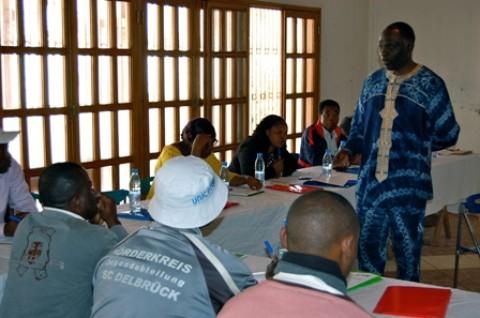Francis Emmanuel Njifenji, l'animateur de cette session, a accepté de nous faire l'économie du contenu de ses trois jours d'échanges avec son auditoire.