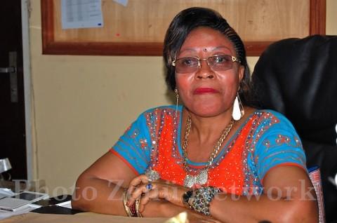 Madame MBE Philomène, Proviseur du Lycée Bilingue de Bafoussam Diengdam