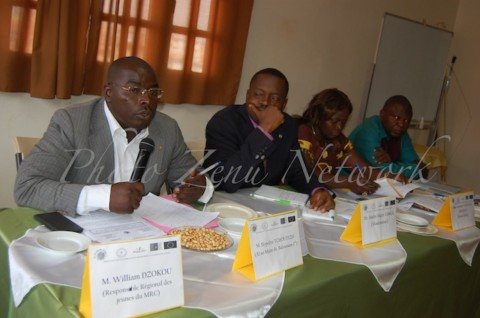 Café-débat : Une expérience qui fascine les citoyens de la ville de Bafoussam