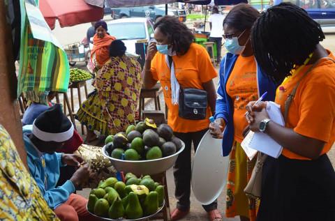 Mandela Day : Des jeunes sensibilisent sur le Covid-19 à Nkongsamba – Région du Littoral Cameroun – FJC 2021